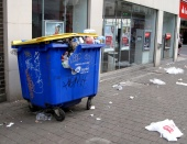 Rubbish in Peckham town centre 04.jpg